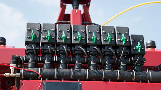 commander-workzone-efc-boom-section-valves.jpg